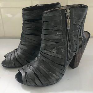 DKNY grey heels